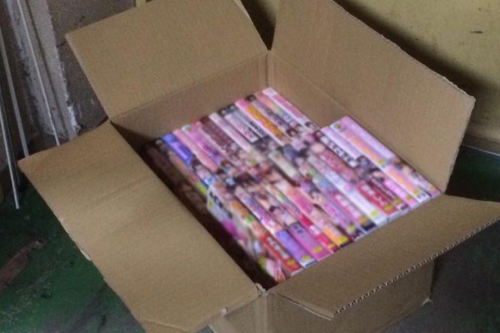 「長野」のお客様より成人コミック21点買取させて頂きました。